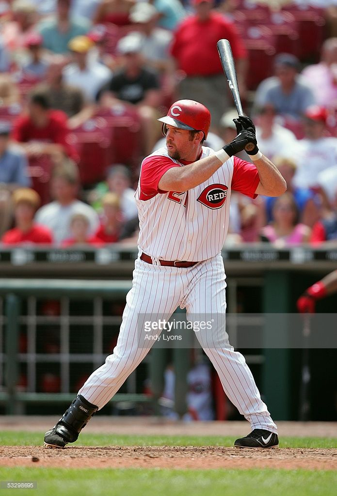 Infielder Sean Casey #21 of the Cincinnati Reds waits for a Chicago Cubs pitch during