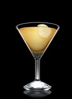 Yellow Bird Martini Yellow Bird Martini: Ron añejo cubano, Brandy de albaricoque, Zumo de lima, Zumo de piña, Licor de plátano, Galliano, Plátano