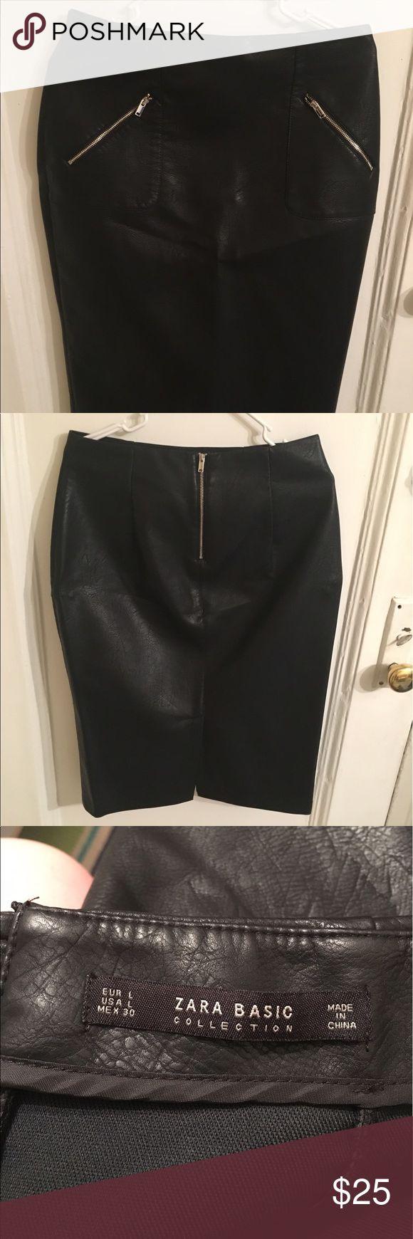 Zara black faux leather pencil skirt Beautiful black faux leather pencil skirt with zipper details Zara Skirts Pencil