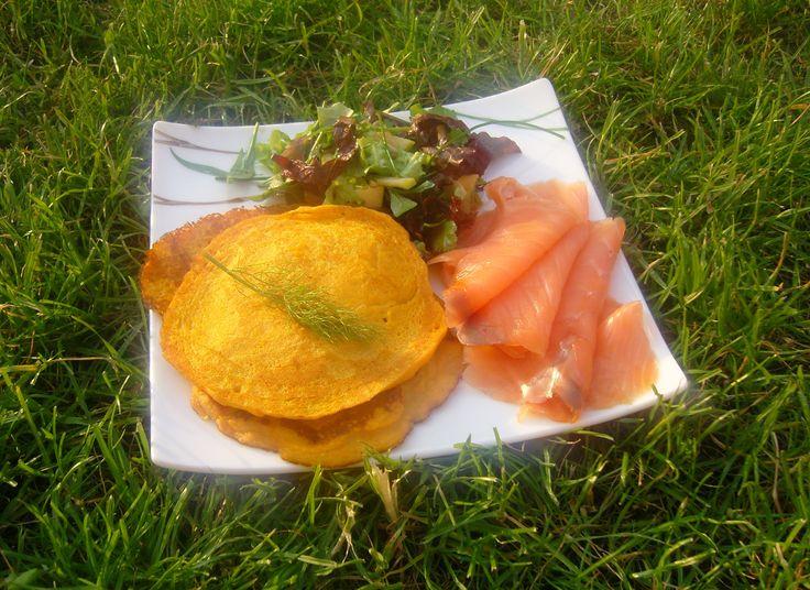 Blinis de Patates Douce & Saumon Fumé Sweet Potato Blinis with Smoked Salmon