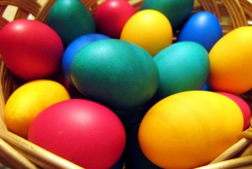 Dying your eggs with Kool-Aid smells fruity and the color looks brighter.