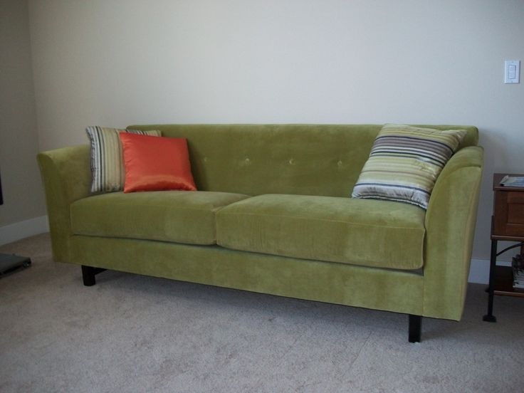 The Sofa Company's Trevor sofas have a nice modern custom furniture style. The Sofa Company features over 65+ custom furniture styles like the Trevor in our Los Angeles Furniture store showrooms.