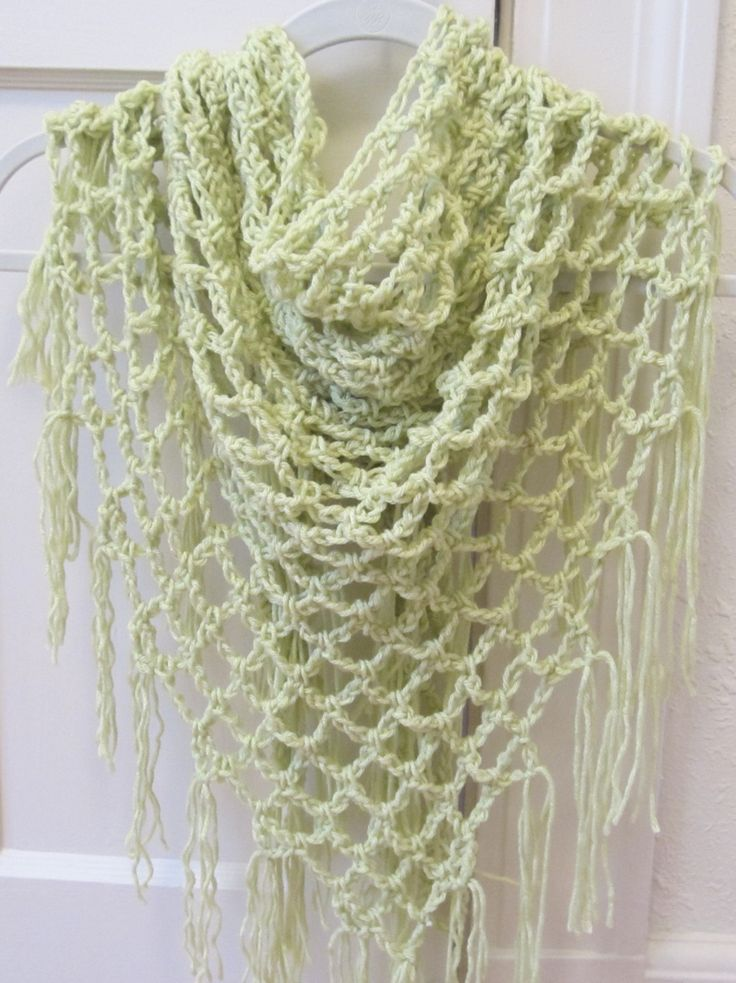 Free Crochet Shawl Patterns For Spring : 117 best images about Triangle crochet shawls on Pinterest ...