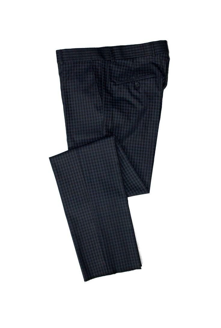 Темно-синие брюки в мелкую клетку