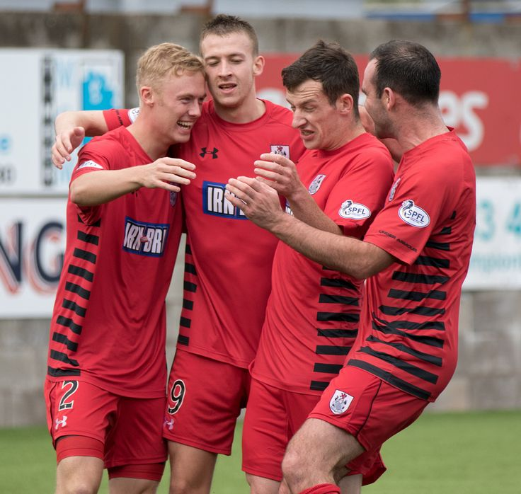 Queen's Park players celebrate Ross Millen's goal during the SPFL League One game between East Fife and Queen's Park.