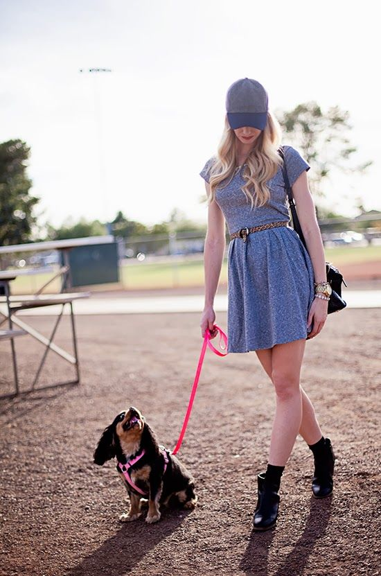 gray dress, leopard belt, black ankle boots, baseball cap