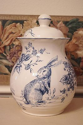 Maxcera-Blue-White-Toile-Bunny-Rabbit-Easter-Spring-Cookie-Jar-Container-Lid