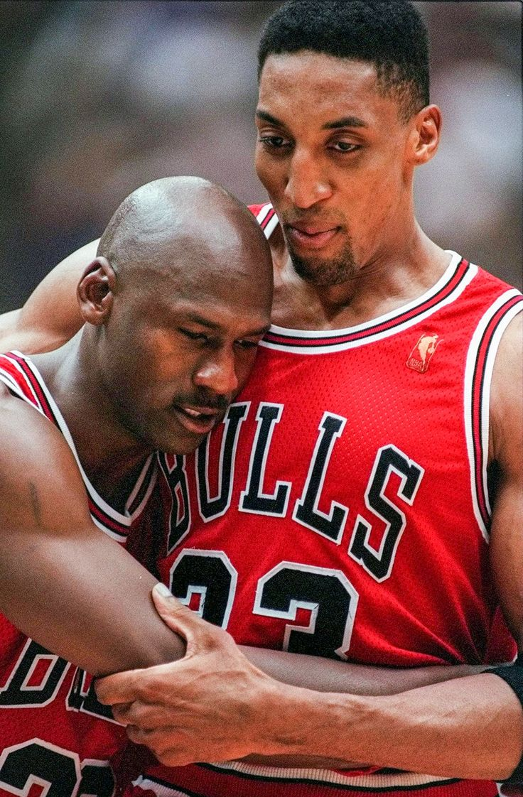 """sportingnewsarchive: """" TODAY IN SPORTS HISTORY: June 11, 1997 — Chicago Bulls Scottie Pippen embraces an exhausted Michael Jordan following their 90-88 win in Game 5 of the NBA Finals against the Utah Jazz, in Salt Lake City. (Jack Smith/AP) Sports..."""