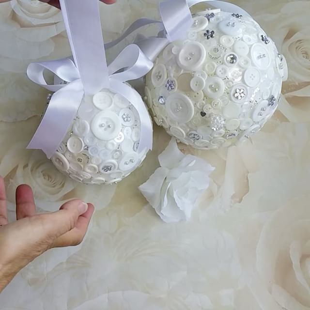 So excited to show you these pomanders - the wedding is in December with an ice white theme. For your own custom order, click through to my shop DunnCrafting.etsy.com and contact me. #weddings #pomanders #bridesmaids