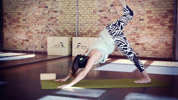 Dinamikus jóga (58 perc)