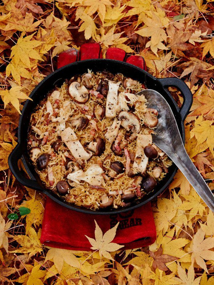 グッドルッキングなプレゼン効果を狙うなら、ぜひ鉄鍋で作ってみて。インスタアップしても映えるし、何より、おいしく出来上がる!|『ELLE a table』はおしゃれで簡単なレシピが満載!