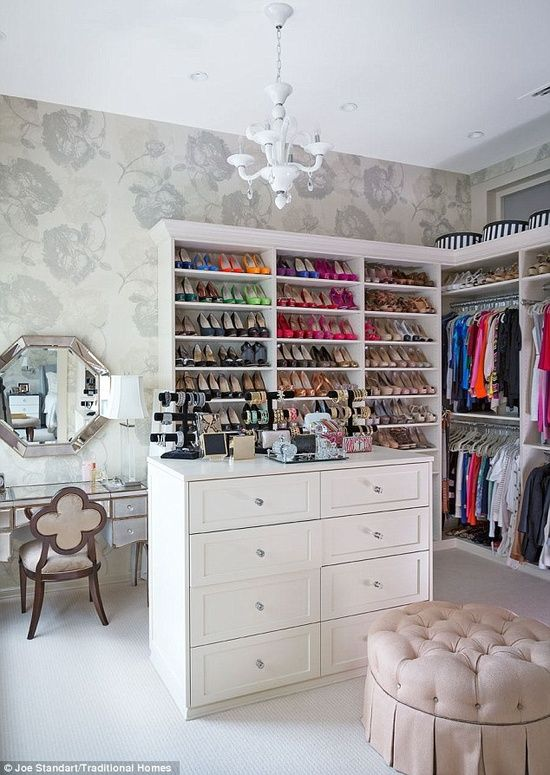 Small spare room transformed into an amazing walk-in closet! I love ❤ this!! I would lower island add marble topper! So perfect