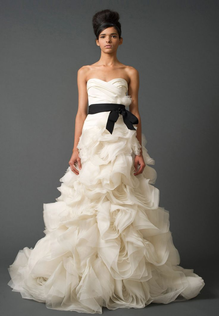 Presenting the vera wang iconic bridal collection browse for Vera wang princess ball gown wedding dress