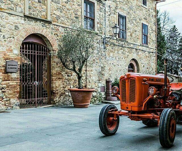 ///\ tracteur / toscana