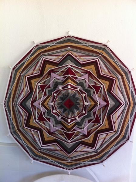 """Lanselot's shield""  Yarn Mandala / Ojo de Dios"