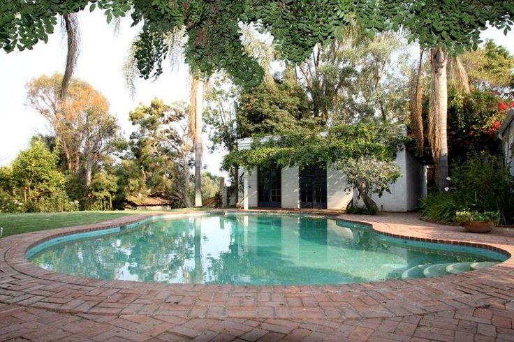106 best images about marilyn monroes home on pinterest front courtyard journey 39 s end and for The gardens at monroe