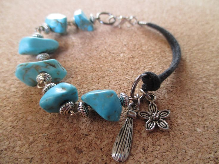 Turquoise is one of the most popular stone of all times. It´s a symbol of wisdom and a talisman of luck and success