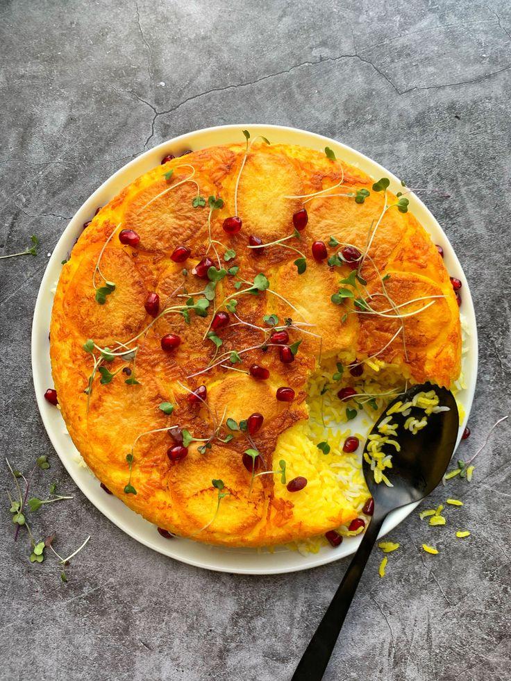 Crispy persian potato and saffron tahdig by jakecohen
