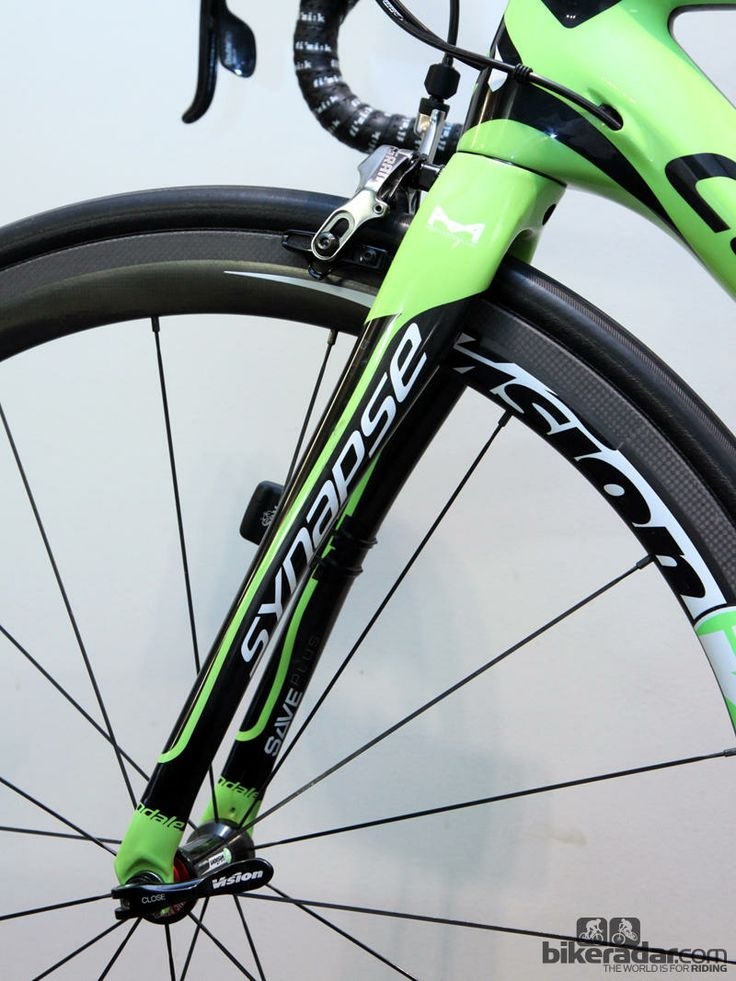 Gallery: Pro bike: Peter Sagan's Cannondale Synapse Hi-Mod - The Cannondale Synapse Hi-Mod fork uses similar shaping to the stays, plus the legs have a more pronounced rake to provide more flex over bumps. Rearward-reaching dropouts maintain proper geometry, though.