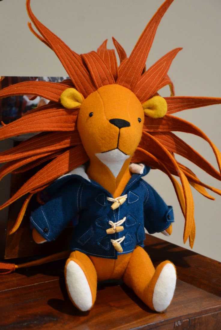 Frankie Lion  Pattern by Ric Rac: http://ricrac.bigcartel.com/