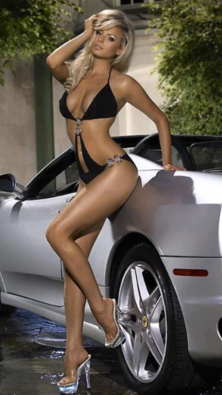 sext-girls-and-hot-cars