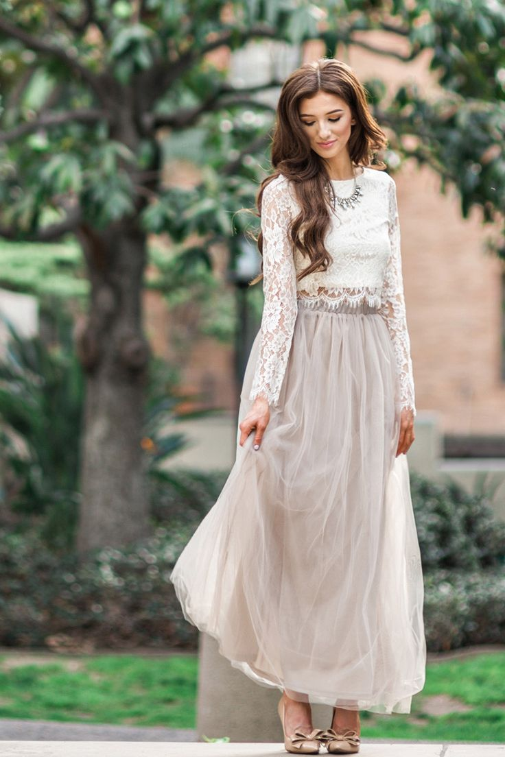 Lace tops for Women, Feminine Outfits, Maxi Skirt Outfits for Women