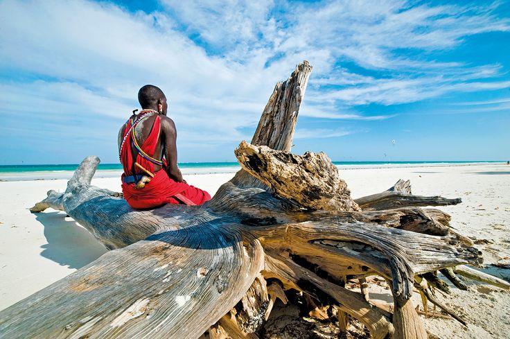 """Kenya. """"Qui ho colto la più bella rosa della vita. Questo è il mio posto"""". (Karen Blixen)"""