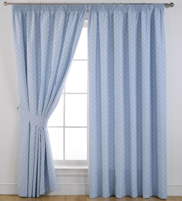 Blickdichte Gardinen - eine gute Alternative zur Fensterverdunkelung