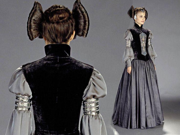 Star Wars Episode II. Senator Padmé Amidala, Coruscant 'packing' dress. full length & back view w/ detail of hair styling.