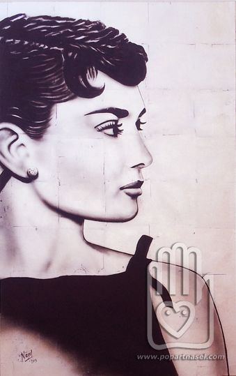 Silver Audrie Hepburn portrait original by Nasel. Acrylic on canvas & silver leaves. 73x116cm. Available on digital reproduction. Check prices and sizes www.popartnasel.com #AudreiHepburn #portrait #audrie #hepburn