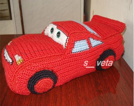 машинка Молния Маккуин / cool crochet car. And very understandable, thanks to picture pattern