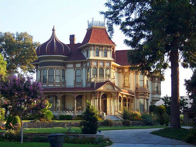 Morey Mansion (1890)  It's for sale.... 2 million will buy you this lovely home...