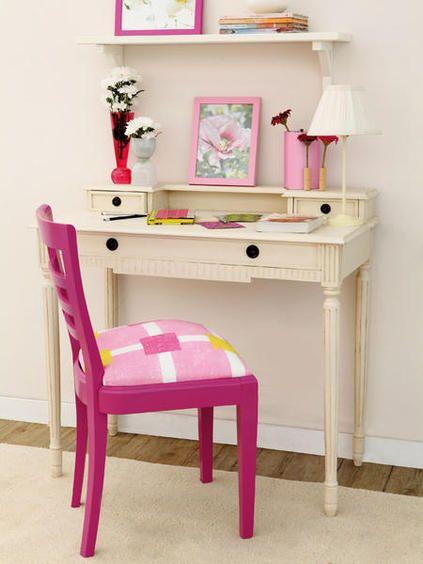 Te enseñamos cómo hacerlo, con pintura y tapizando el asiento.