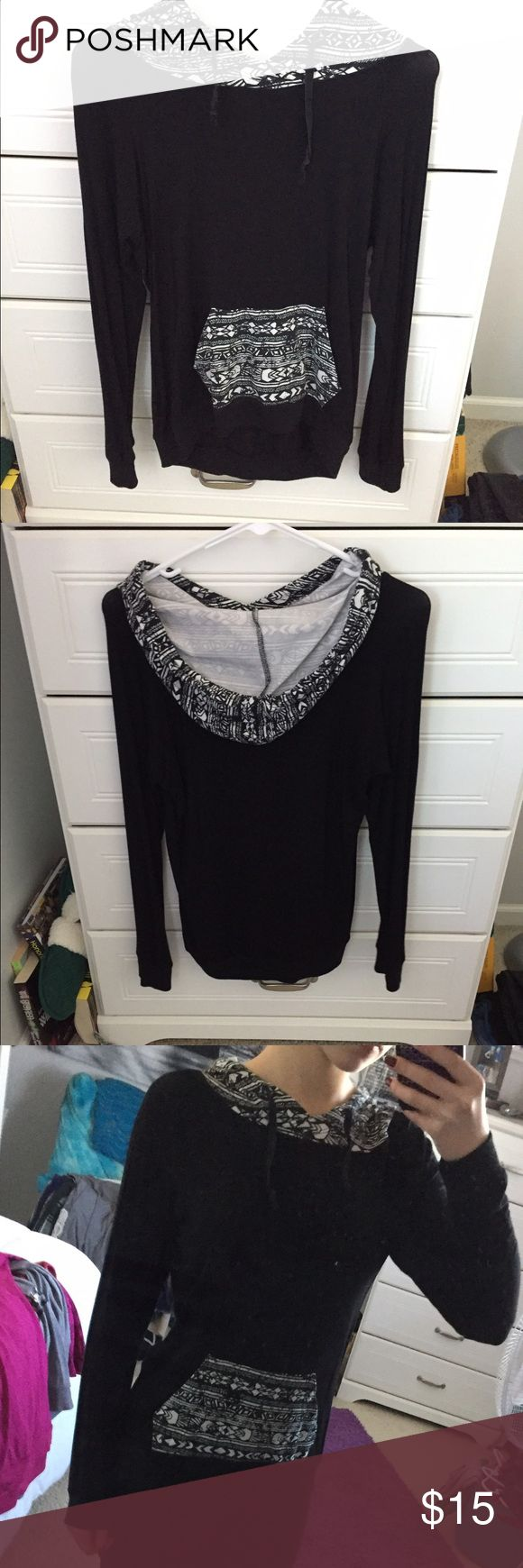 Black and white hoodie good condition, super soft, stretchy material Tops Sweatshirts & Hoodies