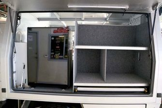 LandCruiser 79 Dual Cab ute canopy kitchen side.