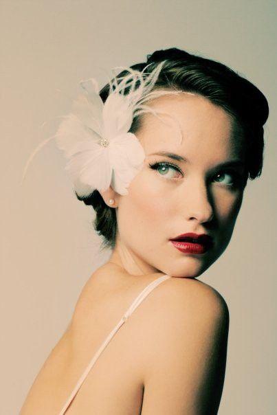 ....украшения для прически невесты на короткие волосы (403x604)
