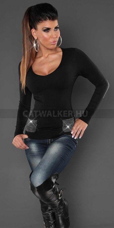 http://catwalker.hu/webaruhaz/pulover-csillogo-kovekkel-fekete/7708
