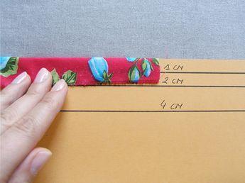 Cartulina con guías para planchar dobladillos   Betsy Costura