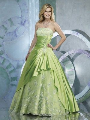 A-Line Strapless No Waist Princess Seams Long lime green Quinceanera Dresses