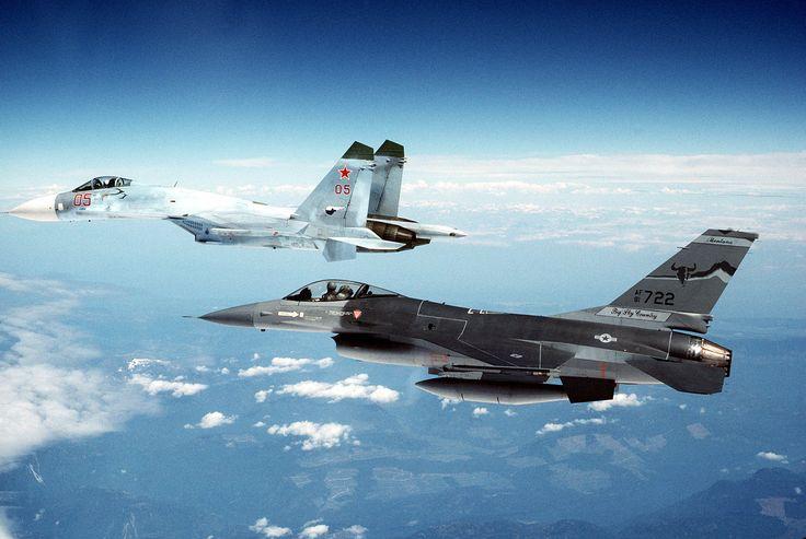 SU-27 and F-16.[2820x1890]