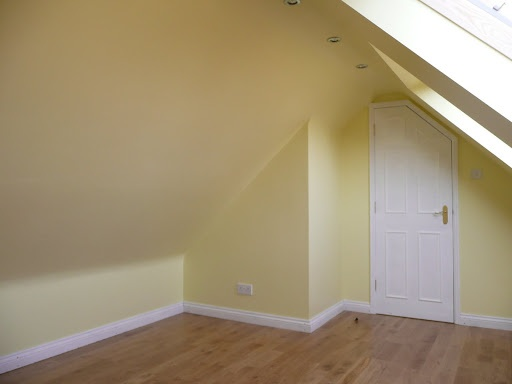 Daffodil White Dulux Paint