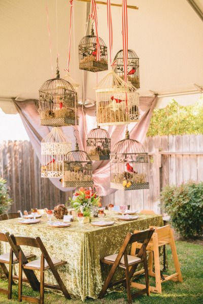 Enchanted forest party: http://www.stylemepretty.com/living/2015/04/22/enchanted-forest-themed-1st-birthday/ | Photography: Krista Mason - http://kristamason.com/