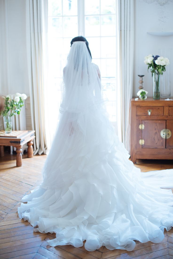 back wedding dress // robe de mariée dos ; skiss  ; bride ; train dress // robe avec traine  http://www.skiss.fr/