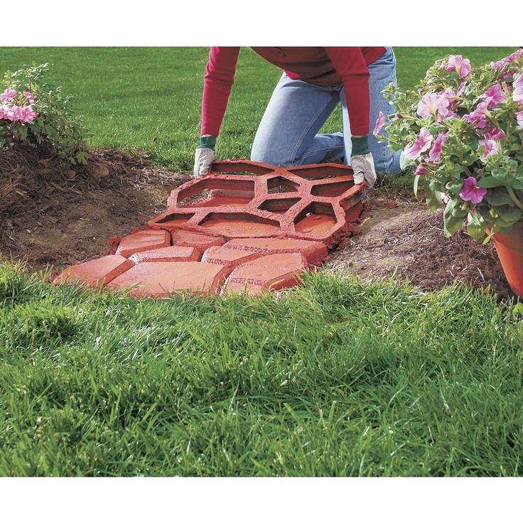 Create country stone patterned walks paths patios and for Landscaping rocks you can walk on