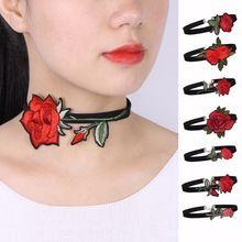Vintage čierne sametové čokoládové náhrdelník pre ženy módne Harajuku stuhy Kvetinové čokoládové náhrdelníky náhrdelníky Cho collier ras du cou (Čína)