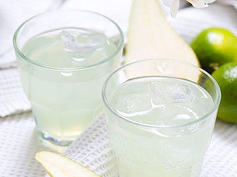 Tequila, päron och lime i en fräsch drink. Recept från boken Venus drinkar.
