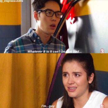 even tho I watched next class before the other seasons, this was still a HUGE plot twist. especially seeing all of Zoe's drama in seasons 13-14 and how she behaved, I never would've guessed it. Zoe honestly had some of the best character development of the later seasons.