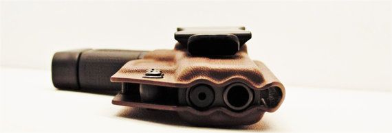 Glock 19 / 23 / 32 IWB Kydex Holster by BADASSKYDEXCREATIONS