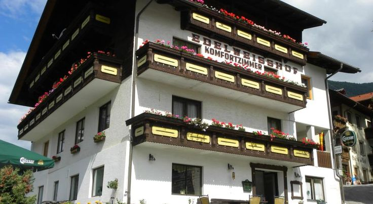 Edelweisshof Birnbaum The Edelweisshof is located in the picturesque village of Birnbaum in the heart of the Lesach Valley, set between the Carnic Alps and the Lienz Dolomites.  A rich breakfast buffet is served every morning.
