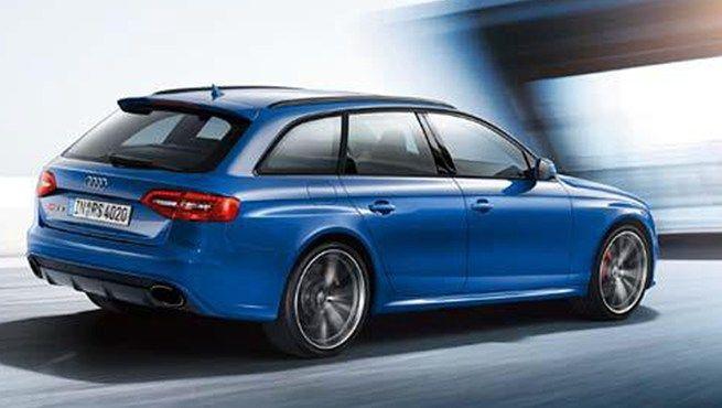 Audi RS4 Nogaro Blue 450ps